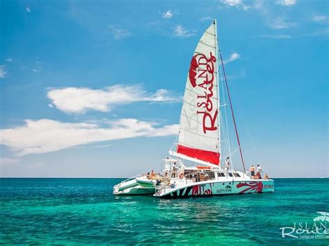 catamaran booze cruise negril jamaica shaken not stirred crazy cool caribbean booze cruises