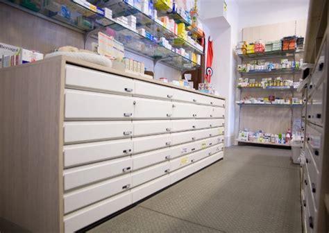 cassettiere farmacia arredamento farmacia cassettiere viterbo
