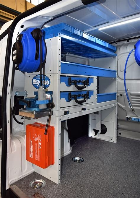 allestimento interno furgoni allestimento furgoni