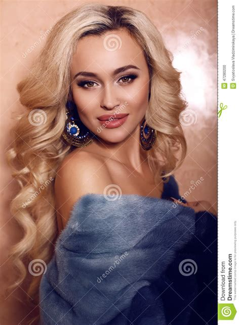 sexy woman blond hair stock photography image 10097442 woman with blond hair in luxurious fur coat with