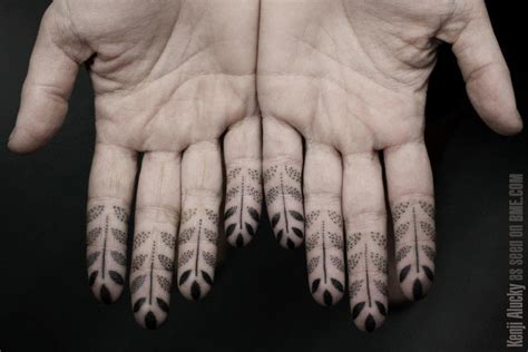 geometric tattoo finger dotwork tattoos bme tattoo piercing and body