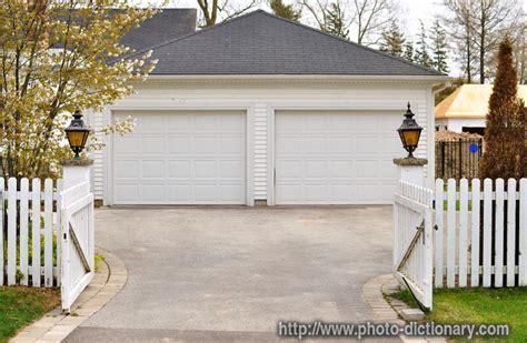 Define Garage Garage Photo Picture Definition At Photo