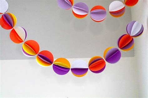 How To Make Paper Balls For Decoration - paper chains made everyday