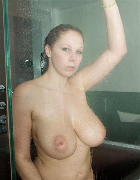 all Natural Gianna Michaels Shows Us Her Meaty Assets mega boobs girls