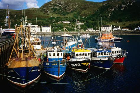 fishing boat for rent in bahrain scotland image gallery lonely planet