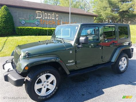 jeep unlimited green 2008 rescue green metallic jeep wrangler unlimited sahara