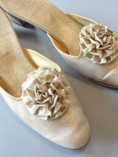 gold bedroom slippers love wearing elegants slippers things to buy pinterest slippers and love