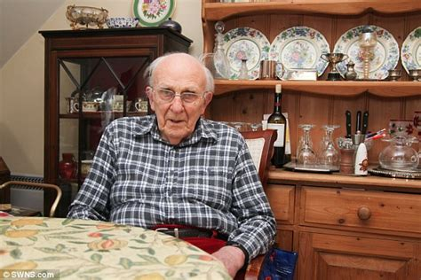 ww2 bomber pilot is separated from his after council