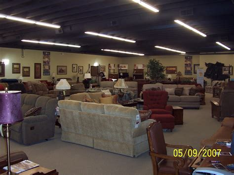 Cascade Furniture by Wholesale Furniture Brokers Signs Cascade Furniture To Serve Portland Or Vancouver Wa