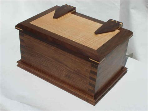 Handcrafted Box - handcrafted jewelry boxes heirloom boxes