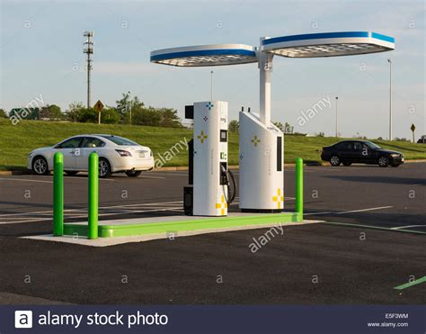 electric vehicles charging stations electric vehicle charging station and parking lot in usa