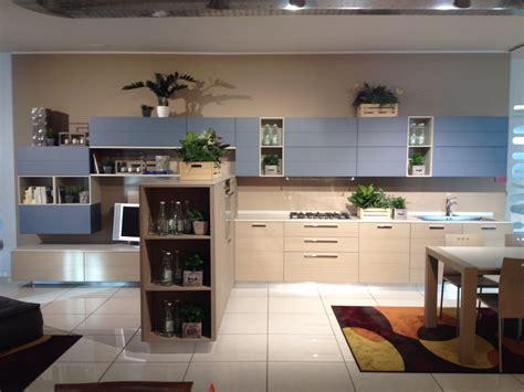 www cucine scavolini it scavolini cucina open dogata legno cucine a prezzi scontati