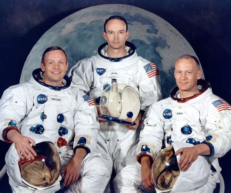 biography neil armstrong astronaut image gallery nasa neil armstrong
