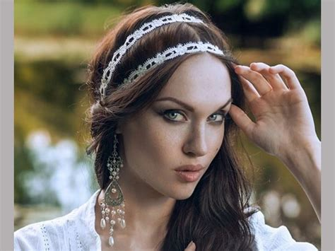 medieval wedding hairstyles how to 216 best renaissance hairstyles images on pinterest