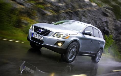 volvo car wallpaper hd friendly volvo car hd wallpaper