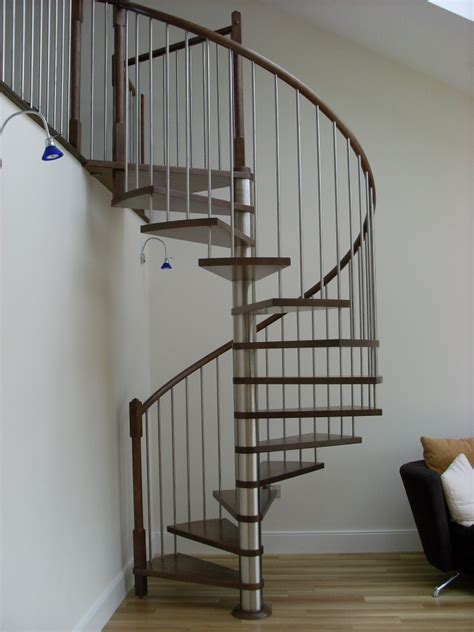 Spiral Stairs Design In Minimalist House   4 Home Ideas