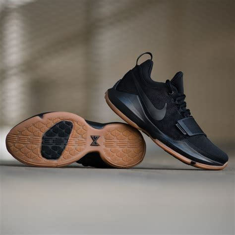 Nike Paul Black signature shoe of paul george the nike pg1 in black
