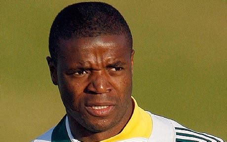 10 best african soccer players of all time rascojet 10 best south african soccer players of all time diski 365