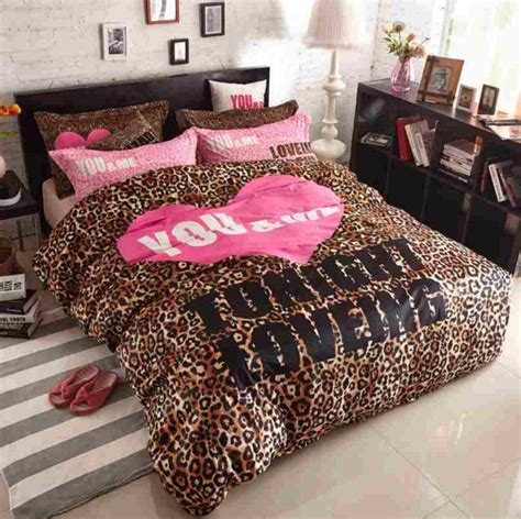 leopard bedding 25 best ideas about leopard print bedding on pinterest