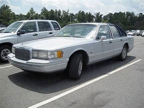 1993 lincoln town car w 289k miles start up dual exhaust