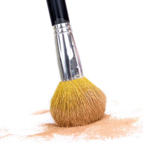 Powder And Brush 12 must makeup essentials that will make you look