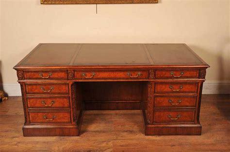 schreibtisch nussbaum regency desk walnut writing table desks