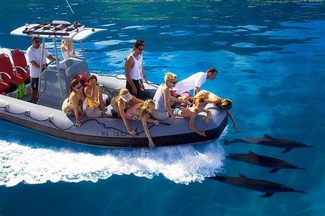 zodiac boat tour napali coast na pali coast guide hike boat nāpali capt andy s