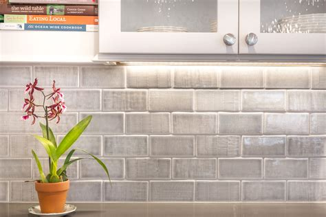textured tile backsplash textured field backsplash pratt larson