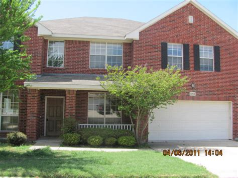 Houses For Sale In Fort Worth by 8404 Summer Park Dr Fort Worth 76123 Foreclosed Home Information Foreclosure Homes