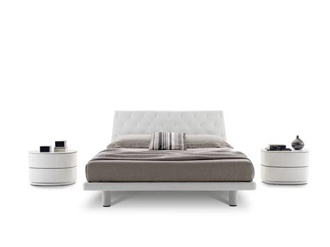 atollo lada comodini atollo tavolino da salotto dal design organico