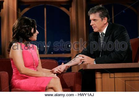 julia louis dreyfus tattoo louis dreyfus left and host craig ferguson