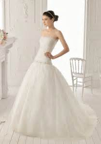 ball gown wedding dress with lacecherry