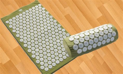 bed of nails mat acupressure mat and pillow groupon