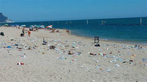 porto recanati spiagge spiaggia di porto recanati la mattina presto dopo