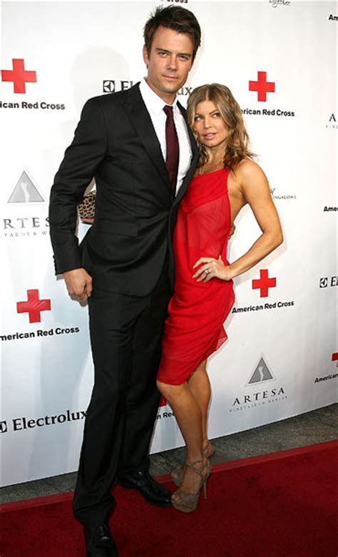 the height of love short tall celeb couples yahoo the height of love short tall celeb couples rediff