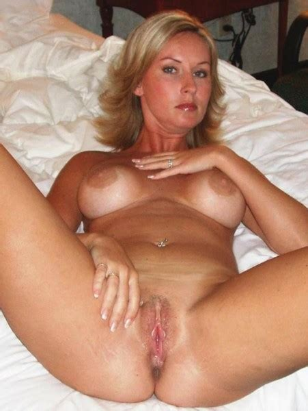 Private Milf Pics The Hottest Amateur Milfs Exposed