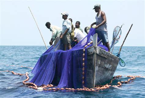 que el convenio entrara en vigor el proximo 26 de febrero de 2016 el convenio sobre el trabajo en la pesca 2007 n 250 m 188