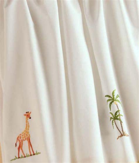 gordonsbury crib bedding gordonsbury on safari crib bedding set featured at babybox