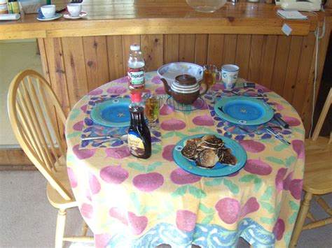 file set dinner table jpg wikimedia commons file table setting with pancakes in a california mountain
