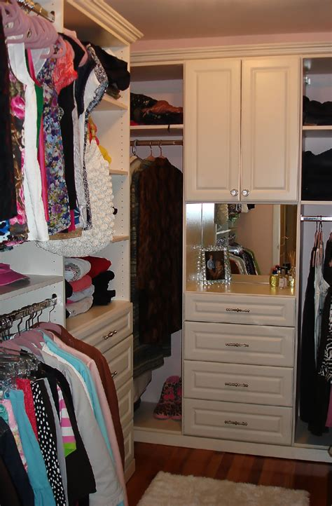 how to work with your closet or storage designer