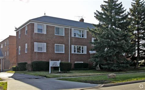 mayfair appartments mayfair apartments rentals mayfield heights oh apartments com