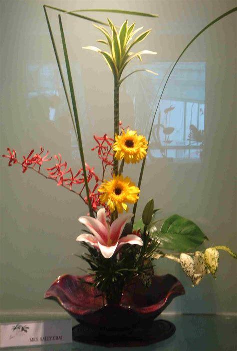 bilder arrangieren image gallery ikebana arrangement