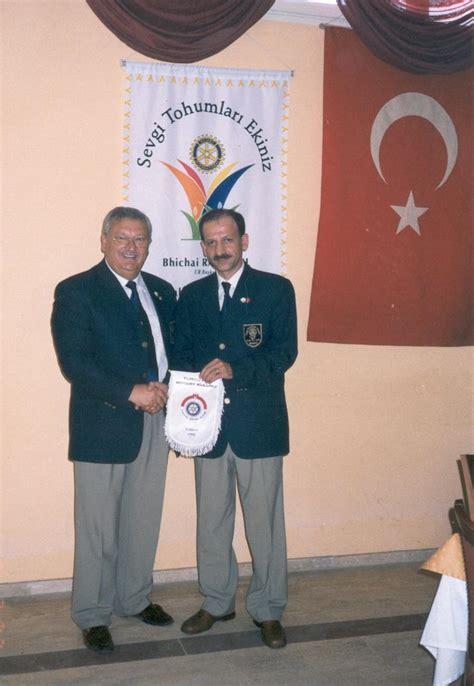 Lu Rotary news 2002 03