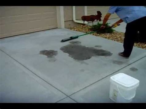 how to remove stains from a concrete driveway www