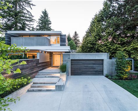 modern houses lively modern vancouver home with bright accents digsdigs
