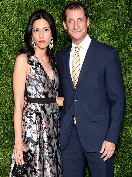 anthony weiner wife anthony weiner s wife huma abedin announces separation