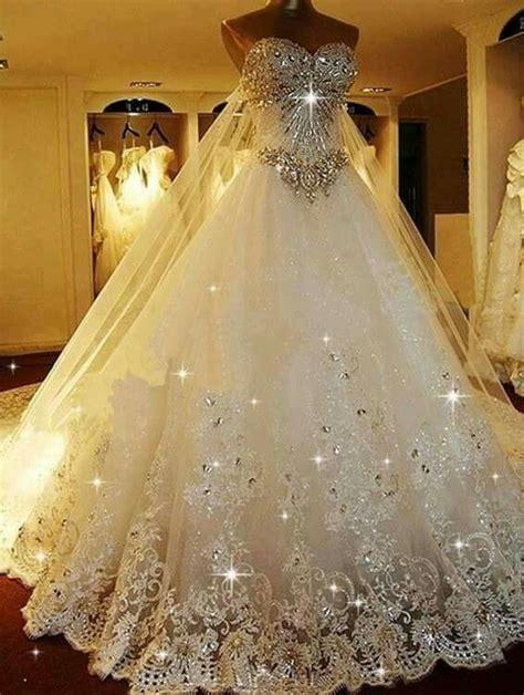 Hochzeitskleider Prinzessin by Best 25 Cinderella Wedding Dresses Ideas On