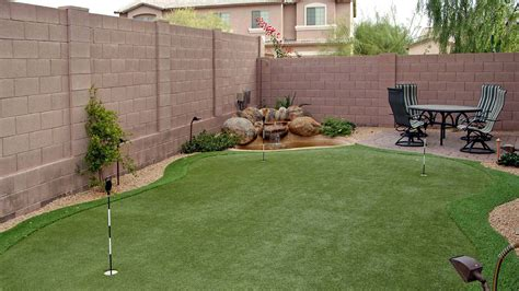 backyard putting green turf custom putting greens for your backyard using artificial turf