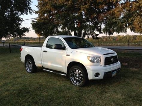 toyota tundra 2 door purchase used 2007 toyota tundra base standard cab