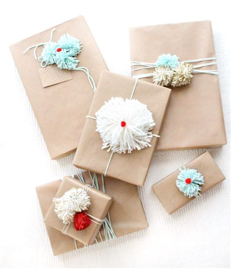 gift wrapping diy holiday gift wrap ideas